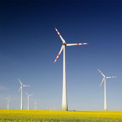 Нов европейски рекорд за офшорни вятърни инсталации